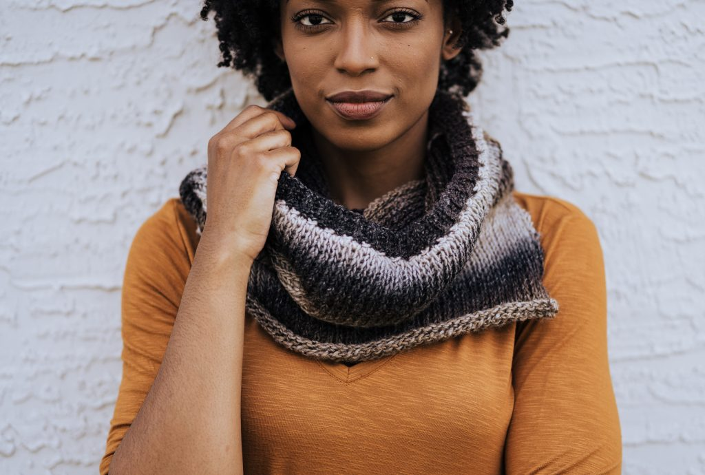 Mulled Cider Cowl - Tunisian Crochet Cowl Pattern | Lovely Tunisian crochet cowl using gradient color shifting yarn. Free Tunisian crochet pattern uses the Tunisian knit stitch, which gives you the look of knitting while still using crochet! Free pattern is on my blog and includes link to helpful videos to learn Tunisian crochet and the Tunisian knit stitch. | TLYCBlog.com